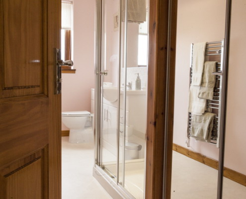 Cottage's walk in shower